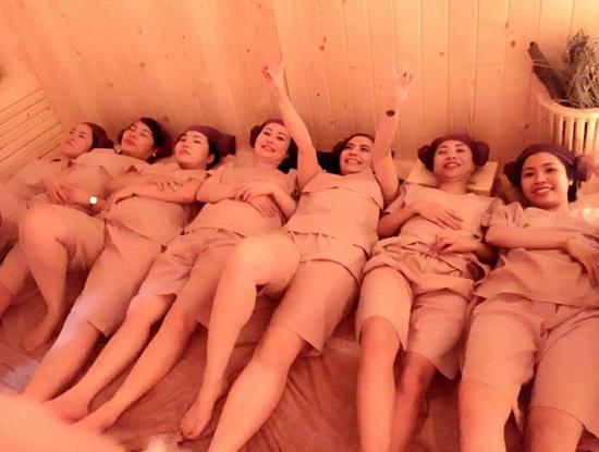 Xông hơi đá muối + Massage body tại Muối spa