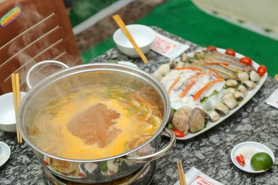 Set lẩu cá tầm & hải sản tươi sống cho 6 người Thiện Thìn Hải Sản tươi sống