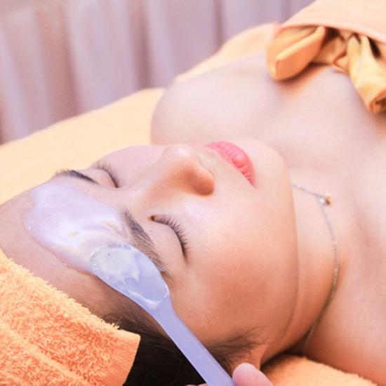Trẻ hóa da mặt + Massage cổ, vai, gáy thư giãn Doctor Kiệm Spa