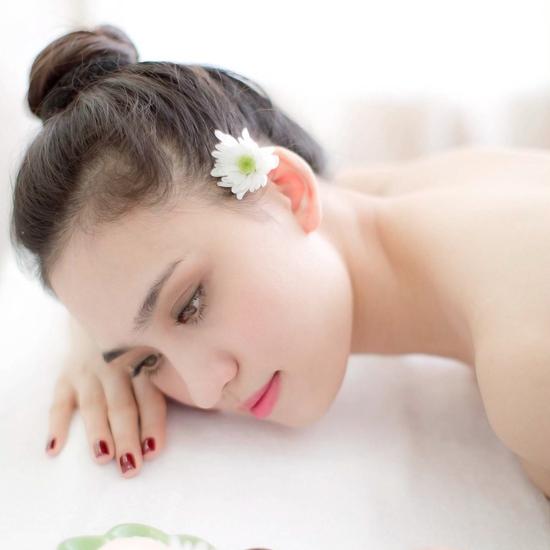 Massage Body & Foot Thái + Hấp trắng mặt Nano vàng Minh Tuệ Spa