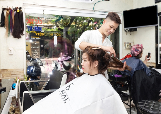 Tóc Đẹp như ý - Trọn Gói Làm Tóc Mỹ Phẩm L'oreal + Tặng Thẻ Hấp - Long Nguyễn Hair