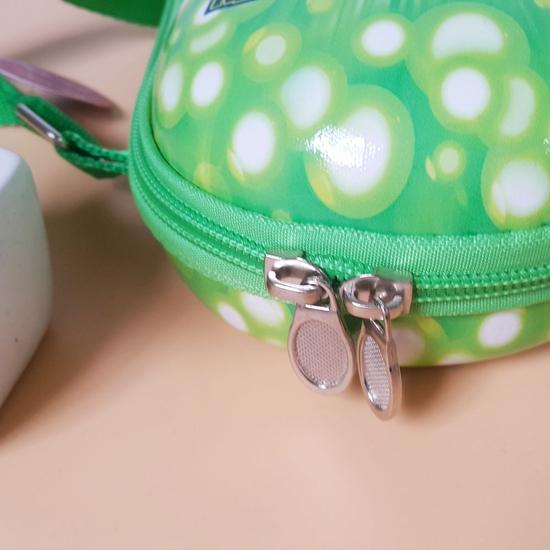 Túi đeo chéo in hình sống động cho bé