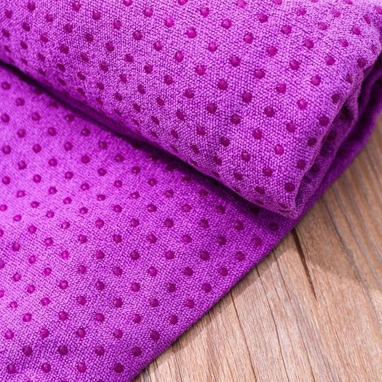 Khăn trải thảm tập Yoga phủ hạt silicon siêu bám