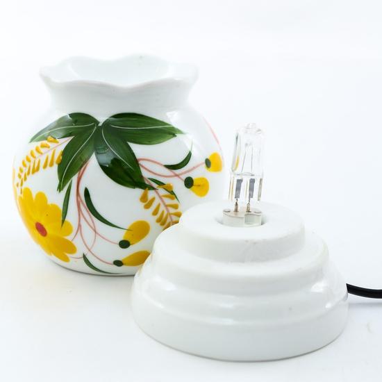 Đèn xông tinh dầu cắm điện loại nhỡ- sứ Bát Tràng