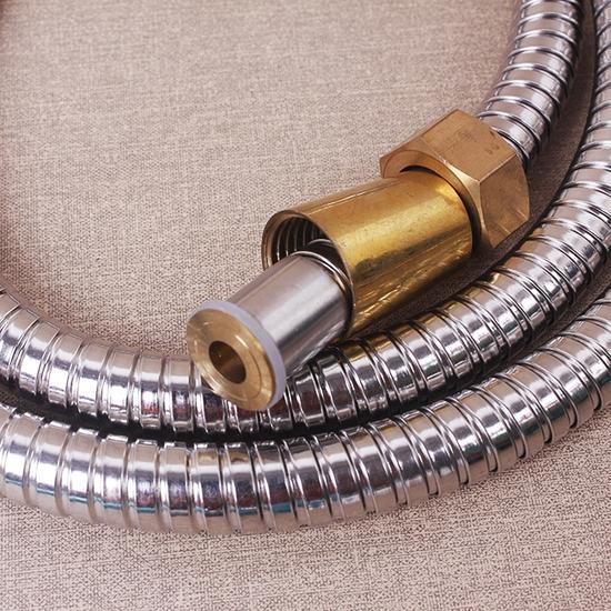 Vòi sen tăng áp và lọc nano kèm dây dẫn thế hệ mới Giá 65.000đ