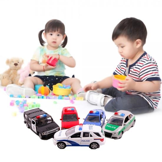 Set 5 ô tô sắt nhiều kiểu cho bé thỏa sức chơi đùa