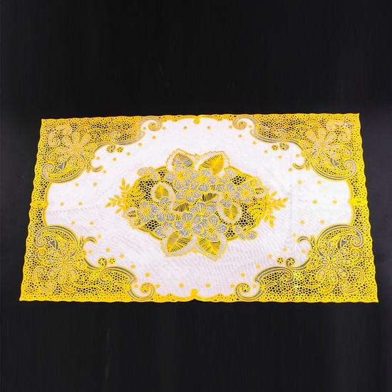 Khăn trải bàn dập hoa nổi (Trắng 60x120cm)