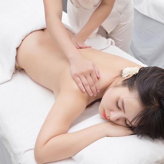 Massage body, tẩy da chết sữa non & bột cám gạo Royal Kim Spa