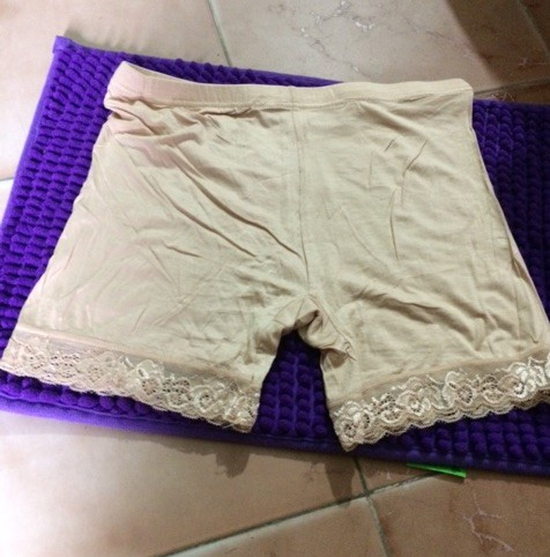 Sỉ 20 quần mặc trong váy - ren pha cotton