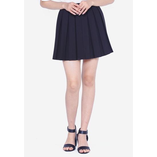 Chân váy NGẮN XẾP LY CÓ QUẦN (ĐEN)