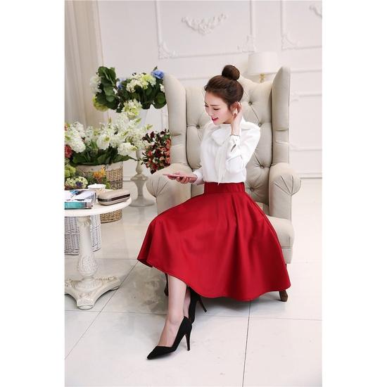 Chân váy xòe dài sành điệu cho bạn gái