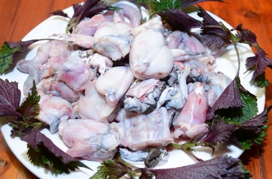 Set Mẹt Lợn Mường + Lẩu Ếch Măng Cay Siêu Ngon Tại Mộc Quán