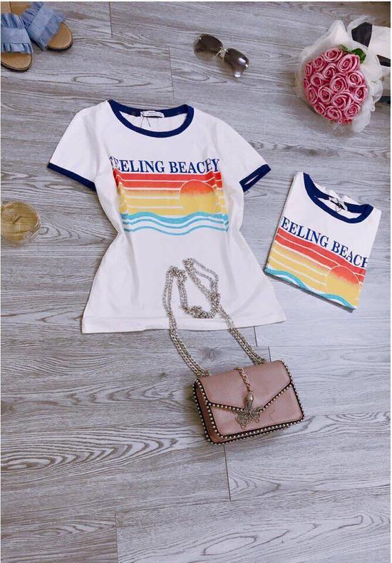 """áo phông phối viền in chữ """"feeling beachy"""" siêu kool"""