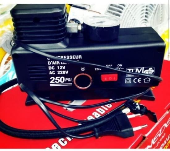 Bơm lốp xe ô tô, xe máy dùng điện tẩu 12v hoặc 220v