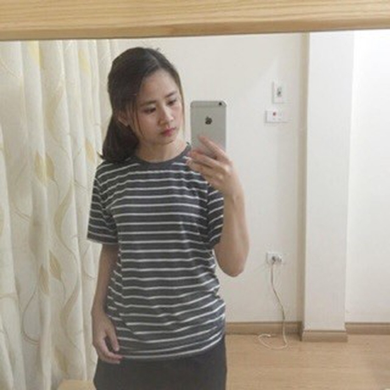 Áo phông nữ sọc ngang mới APG1