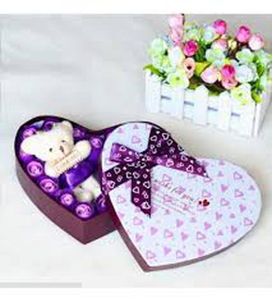 Hoa Sáp Trái Tim kèm Gấu Valentine