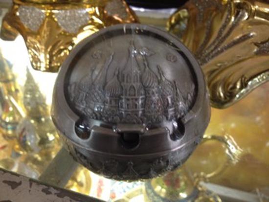 Gạt tàn hợp kim cỡ vừa