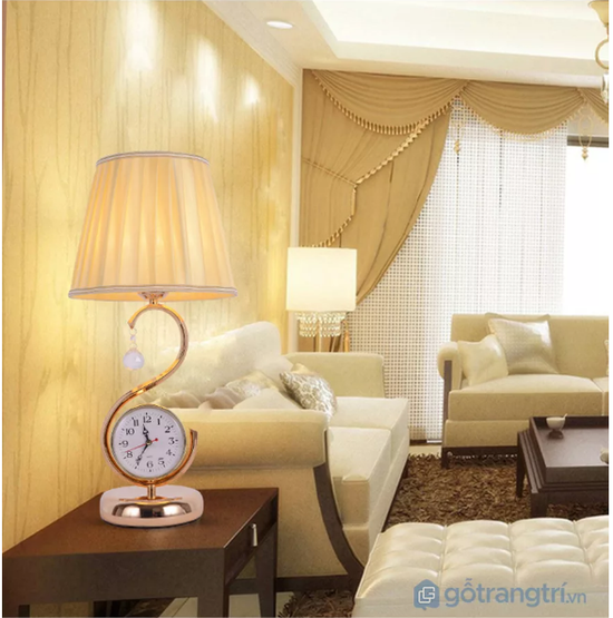 Đèn để bàn tiện dụng cho phòng ngủ