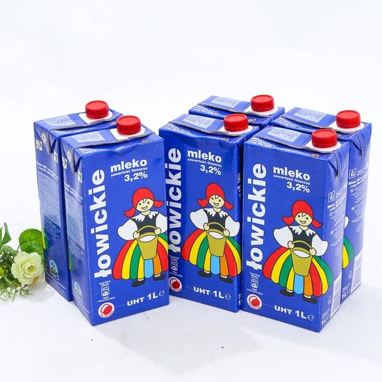 3 hộp sữa tươi tiệt trùng 3,2% chất béo- NK Ba Lan