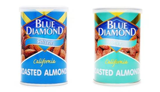 COMBO Hạnh nhân rang muối Blue Diamond lon 130g VÀ Hạnh nhân rang mật ong Blue Diamond lon 130g