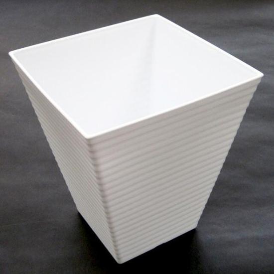 Chậu hoa vuông trắng cao 19.3cm