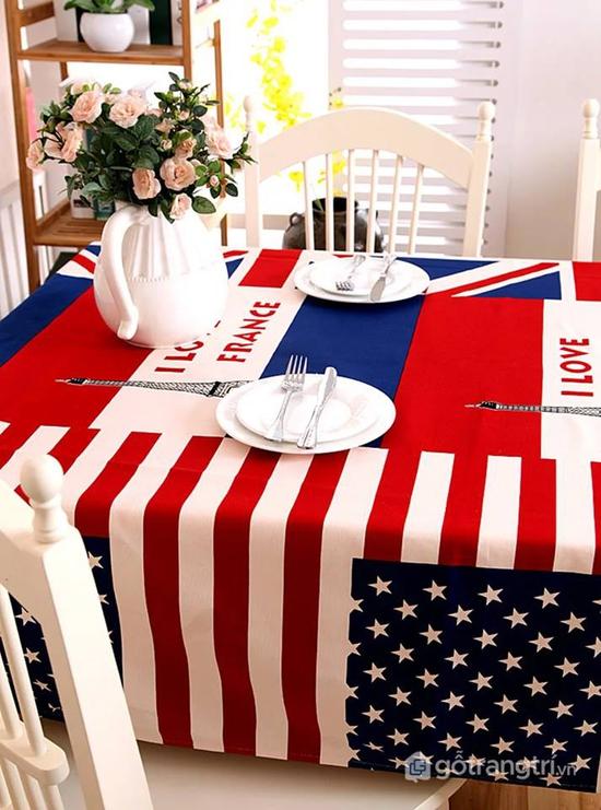 Khăn trải bàn ăn hiện đại