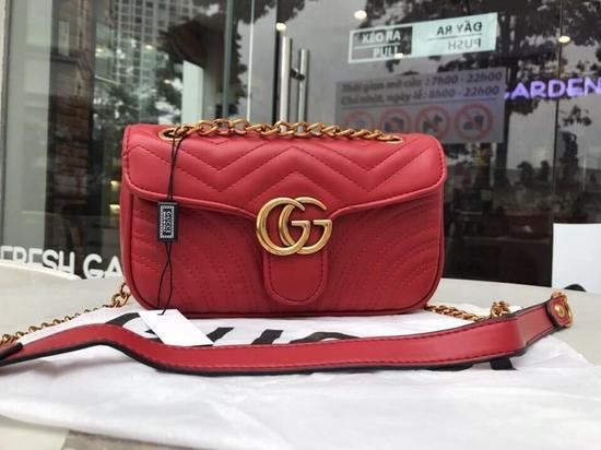 Túi xách đeo chéo gc màu đỏ