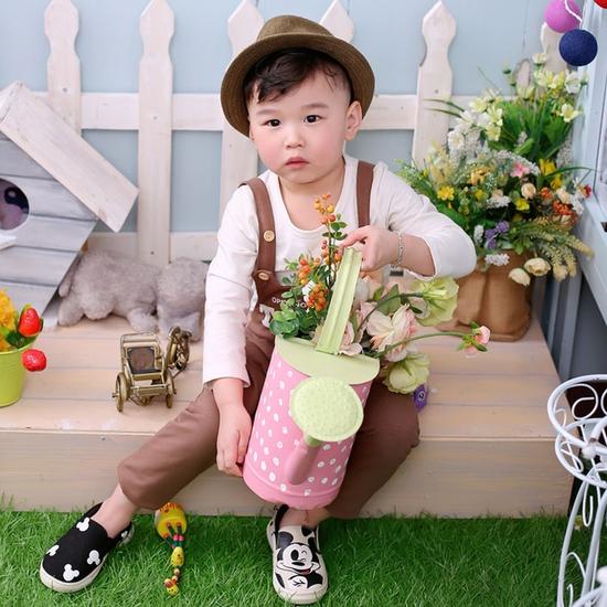 Chụp hình cho bé yêu và gia đình tại Suitin Studio