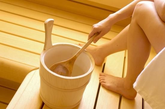 Xông hơi thảo dược, xông khô đá muối & massage body đá nóng thư giãn 90' Dr. ĐNT DUSAN Spa & Clinic