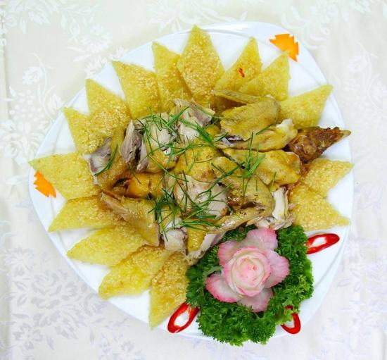 Set Bánh tráng cuốn thịt heo + Gà bó xôi + Bún nêm tại Nhà hàng Tam Kỳ Quán - Lý Thái Tổ