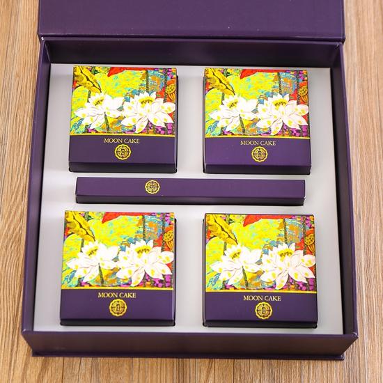 Hộp bánh Trung thu cao cấp Sắc Nguyệt Bảo Ngọc - Tinh hoa hương vị Việt