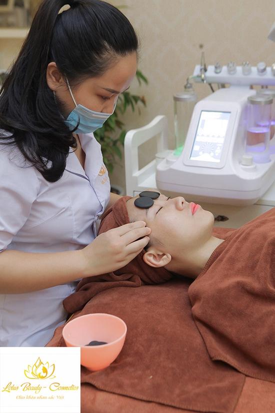 Chăm sóc da cơ bản, massge mặt đá nóng tại Lotus Beauty - Cosmetics