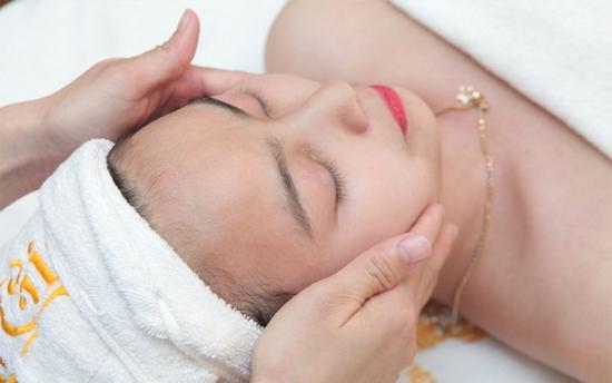 Massage Body Thư Giãn + Chăm Sóc Da Mặt Tại Thẩm Mỹ Viện Hoàng Gia