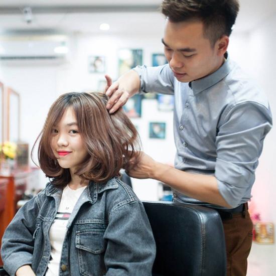 Tạo mẫu tóc chuyên nghiệp, vuốt tinh dầu dưỡng tại Hưng Nguyễn Hair Salon + Tặng 10 lần Hấp Keratin