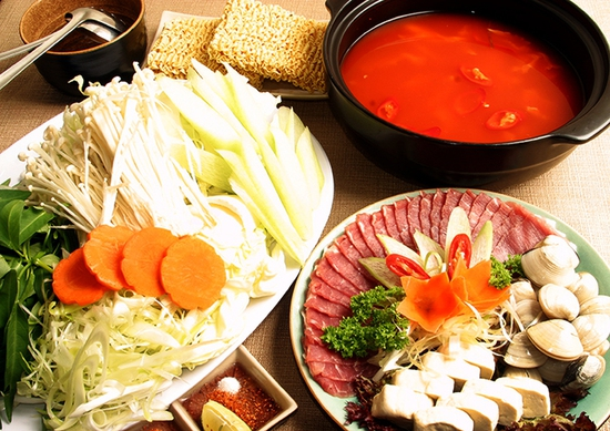 Buffet Lẩu Nướng Chuẩn Vị Nhật Tại Gyu Kaku Vincom Phạm Văn Đồng