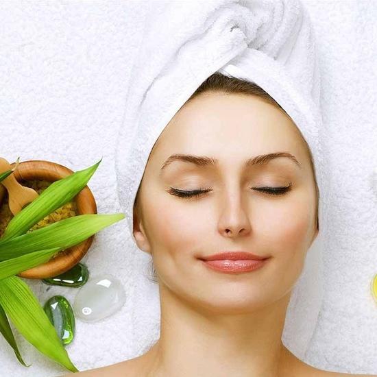 Chọn 1 trong 2 gói Chăm Sóc Da với Mặt Nạ Collagen Tươi hoặc Massage Body Bấm Huyệt Tại Minh Tuệ Spa