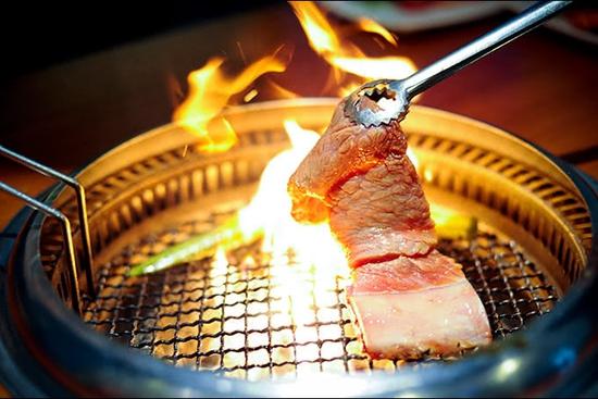 (Chỉ 99K) Butffet Nướng than hoa tại Nhà hàng Lẩu Hội Quán Hoàng Cầu - Menu 169K
