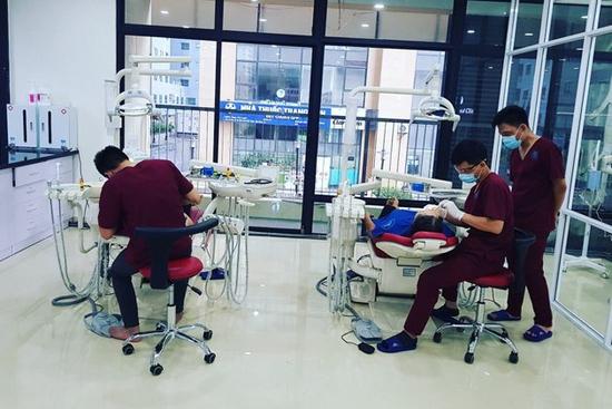 Bọc 01 răng sứ Katana của Đức tại nha khoa Everest