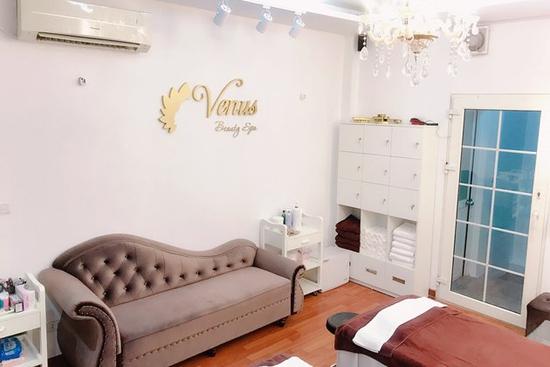 Chăm sóc da mặt cao cấp, massage mặt thư giãn tại Venus Beauty Spa