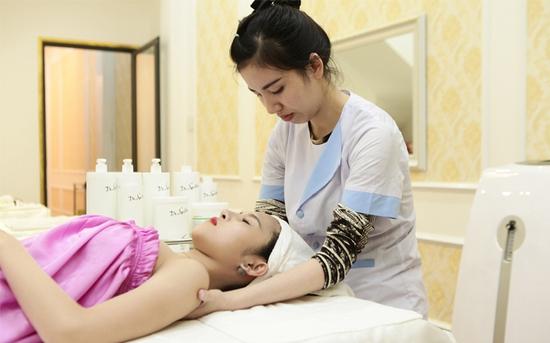 Chăm Sóc da mặt chuyên sâu, toàn diện kết hợp massage độc quyền tại Misa Beauty