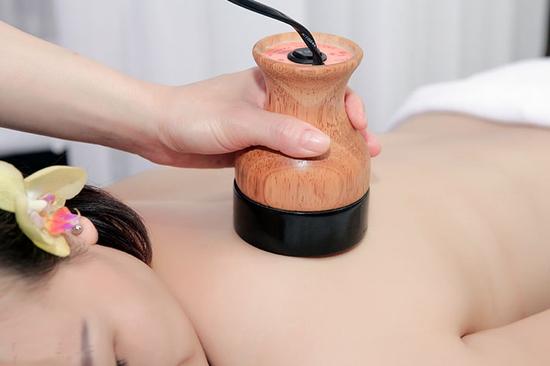 Ngâm chân, thải độc, massage Body đả thông kinh lạc giảm đau nhức tại Duyên Thủy Spa