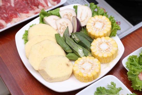 Buffet Combo Nhật Hàn siêu hấp dẫn Menu 270K tại Lẩu Hội Quán Hoàng Cầu