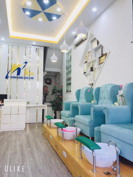 Sơn gel cao cấp cho bộ móng xinh lung linh đón Noel, Tết  tại Khánh Hương Spa