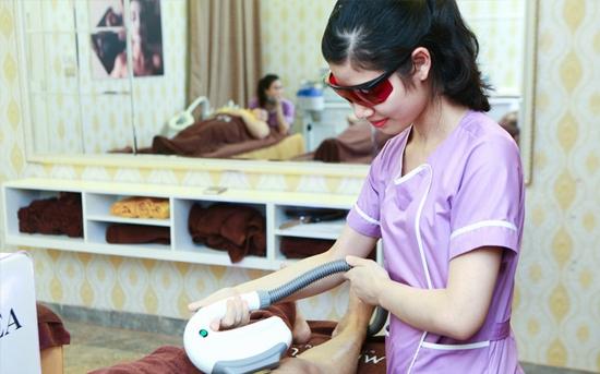 Trọn gói 8-10 buổi Triệt lông Nách/Cằm/ Mép CN Diode Lazer – Bảo Hành Trọn đời Tại Minh Tuệ Spa