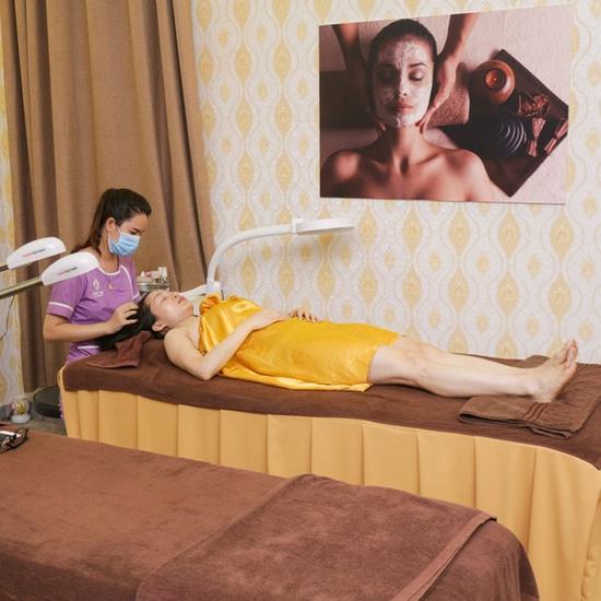Trị mụn chuyên sâu, giảm mụn ngay lần đầu điều trị Minh Tuệ Beauty & Spa (Thái Hà)