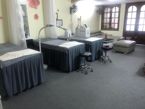 Liệu trình ủ trắng da mặt bằng huyết yến collagen tại Rosa Laevigata Spa