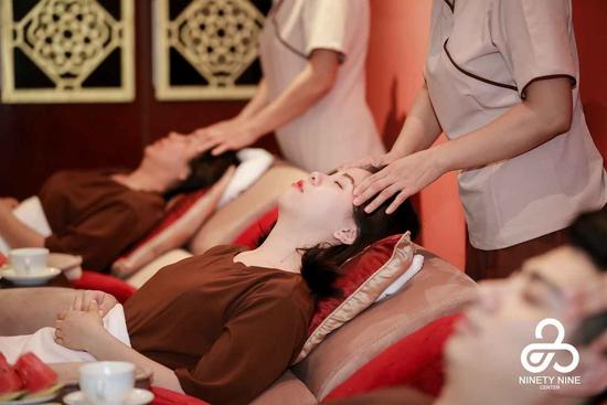 Massage chân - Liệu pháp thư giãn lý tưởng tại 99 Center Foot Massage