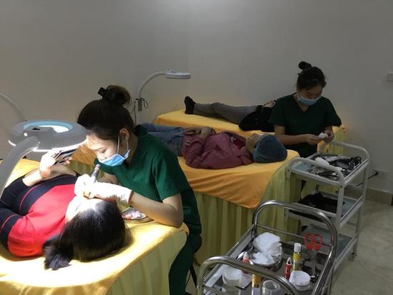 2 lần Massage, chăm sóc da mặt, siêu dưỡng ẩm Thẩm Mỹ viện Dr.joli