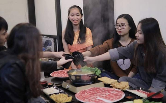 Butffet Lẩu Thái Lan thỏa thích tại Nhà hàng RT CHATUCHAK