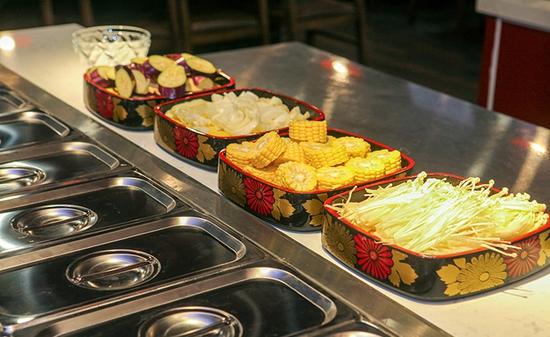 Buffet Nướng Lẩu Hải Sản Tại Buffet BBQ & Hot Pot Hong Kong New